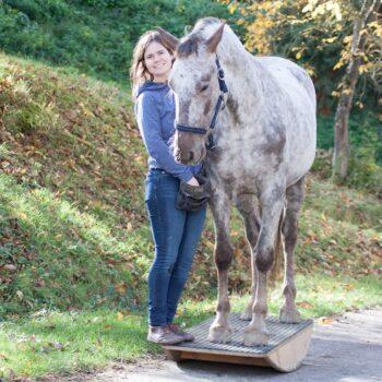 Pferdetrainerin Simone Mender